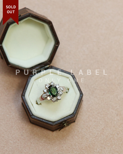 [Purple LABEL #20] PT 900 Diana Green Sapphire Ring